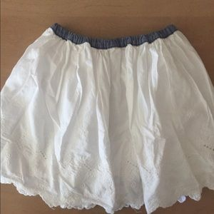 Oshkosh white cotton with lace details girls skirt
